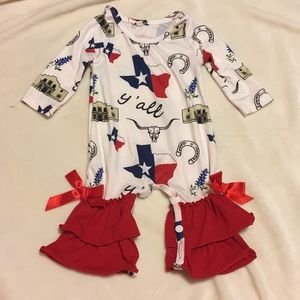 Texas ruffle outfit